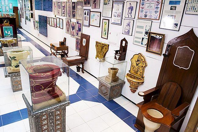history-of-toilets.jpg